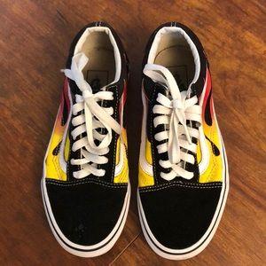 Vans old skool flames black  white sneaker size 6